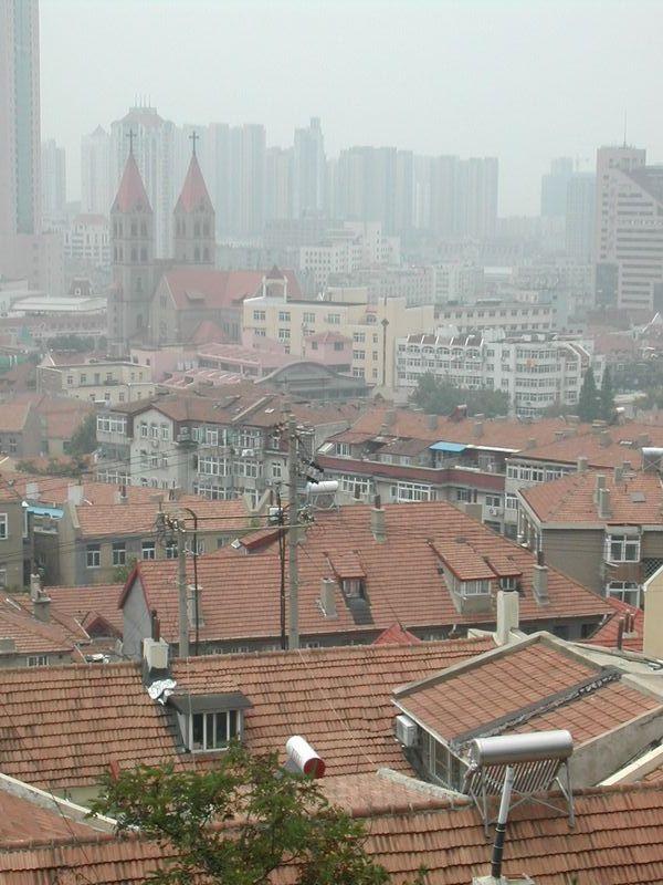 丘の上から旧市街を眺める