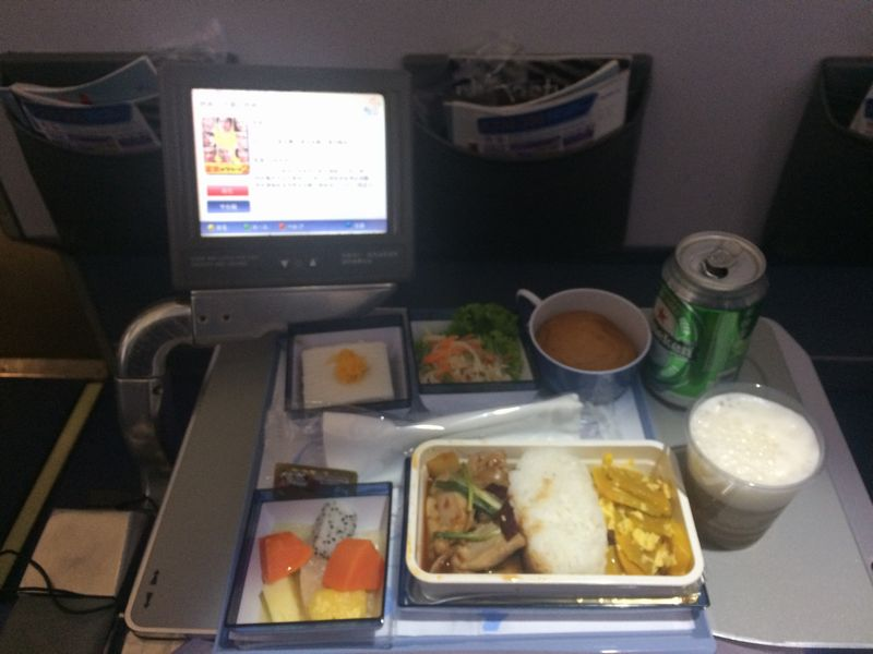 バンコク-台北間の機内食
