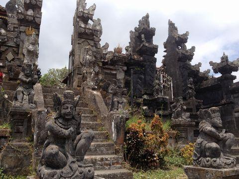 寺のガード