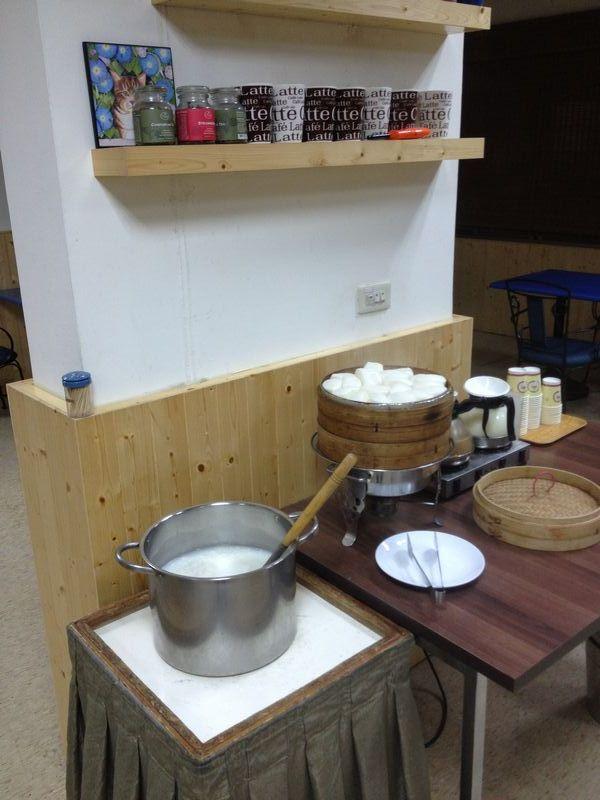 お粥・饅頭・豆乳・コーヒー