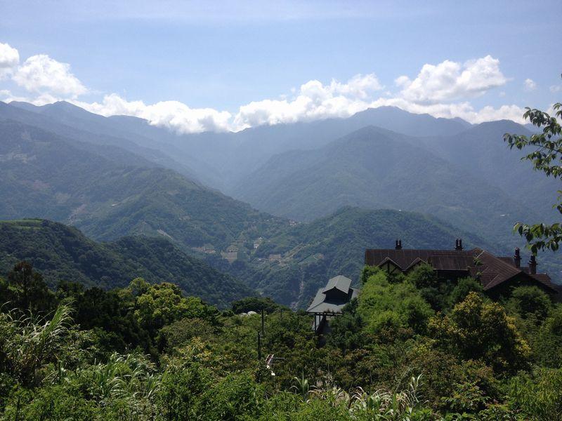 中央山脈の山々
