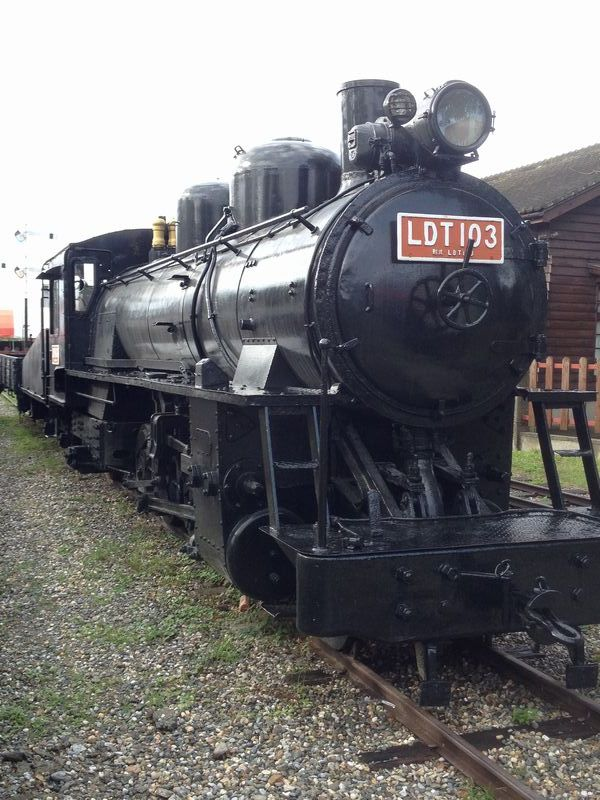 軽便蒸気機関車
