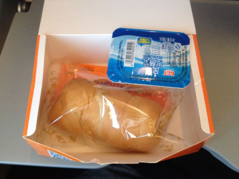 山東航空の機内食