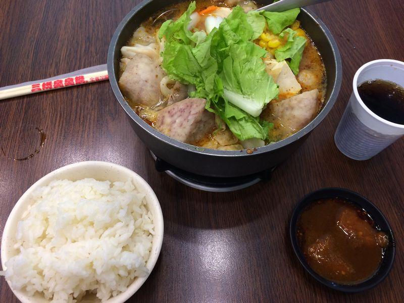 麻辣鍋(鴨血抜き)